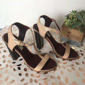 Nina Ricci Pink Salmon Shiny Leather Sandals